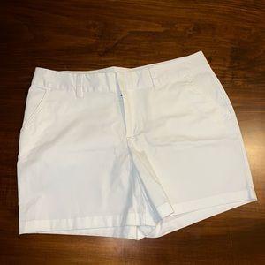 Le Tigre Women's White Shorts, size 14